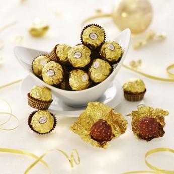 Bonbons Rocher chocolat lait/noisettes Ferrero Rocher