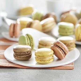 54 Macarons