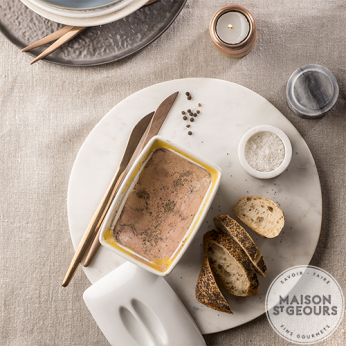 Terrine de foie gras de canard entier au vieil Armagnac et poivre de Penja