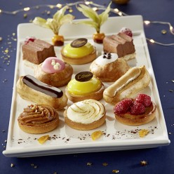 24 petits fours