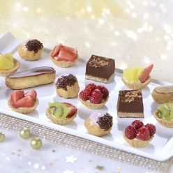 16 Petits fours