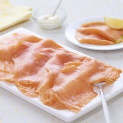 Filet de saumon atlantique fumé traditionnel pré-tranché