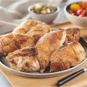 Plateau de poulet rôti découpé en 6