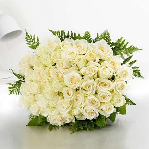 bouquet de 50 roses blanches - Carrefour Traiteur Mariage