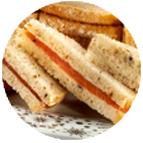 Sandwiches saumon sur beurre citron