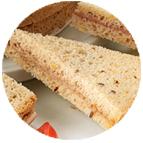 Sandwiches terrine de lapin aux noisettes